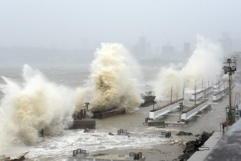 Cyclone Tauktae makes landfall in India's Gujarat | Weather News | Al  Jazeera