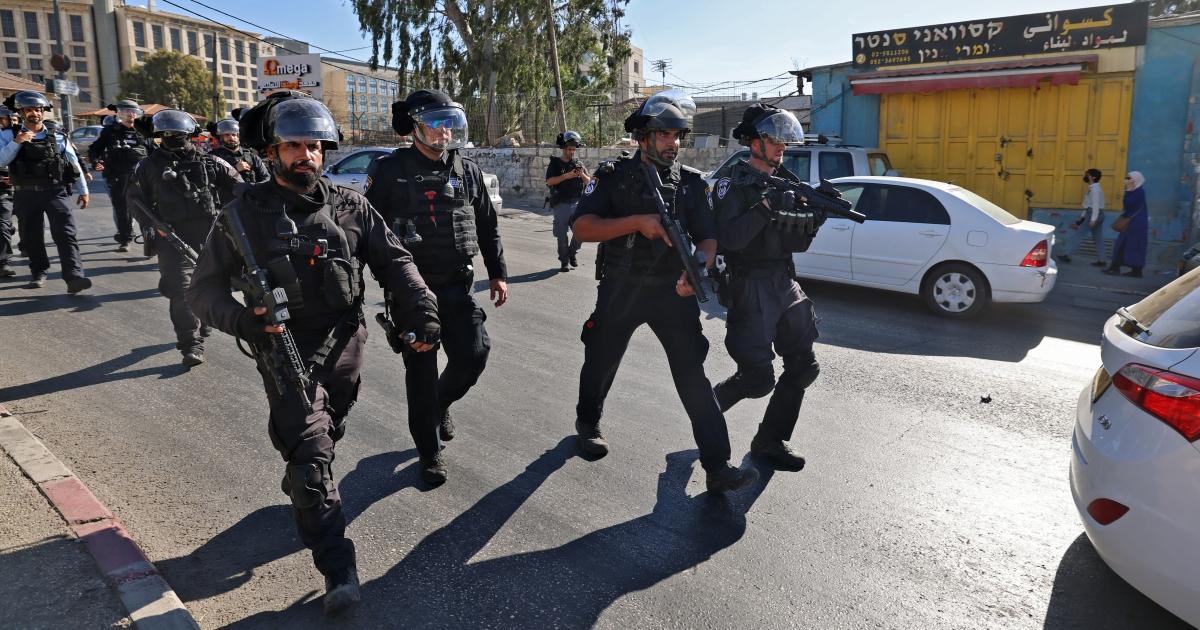 Palestinian woman shot dead by Israeli troops near Jerusalem