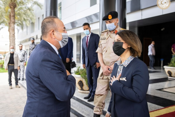 Najla al-Manqoush, foreign minister of Libya's interim government met Turkish Foreign Minister Mevlut Cavusoglu (L) [Media office of the Libyan prime minister via Reuters]