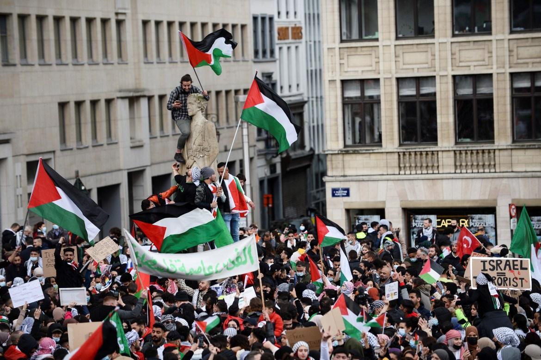 Pendukung Palestina ambil bagian dalam protes di Brussel, Belgia  Johanna Geron / Reuters