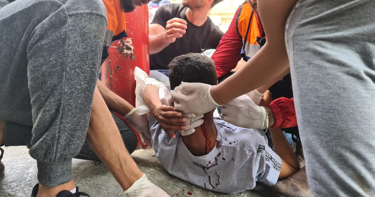 Palestina mewakili agresi kekerasan oleh pasukan Israel di Al-Aqsa thumbnail
