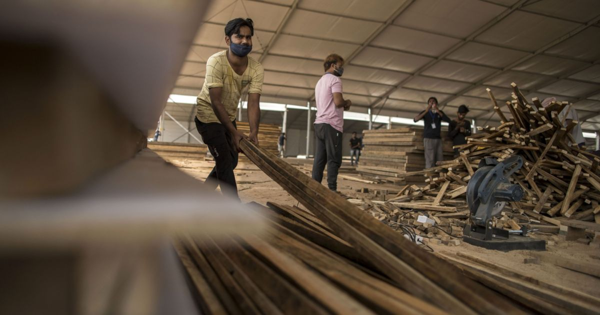 Indian industry body says time to 'curtail' economic activity | Business and Economy News