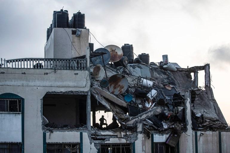 Death toll at 35 as Israel strike destroys building in Gaza: Live | Al-Aqsa  Mosque News | Al Jazeera