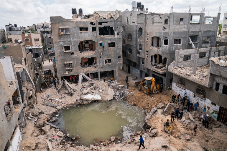 Biden discusses Gaza ceasefire with Egypt's President el-Sisi | Israel- Palestine conflict News | Al Jazeera
