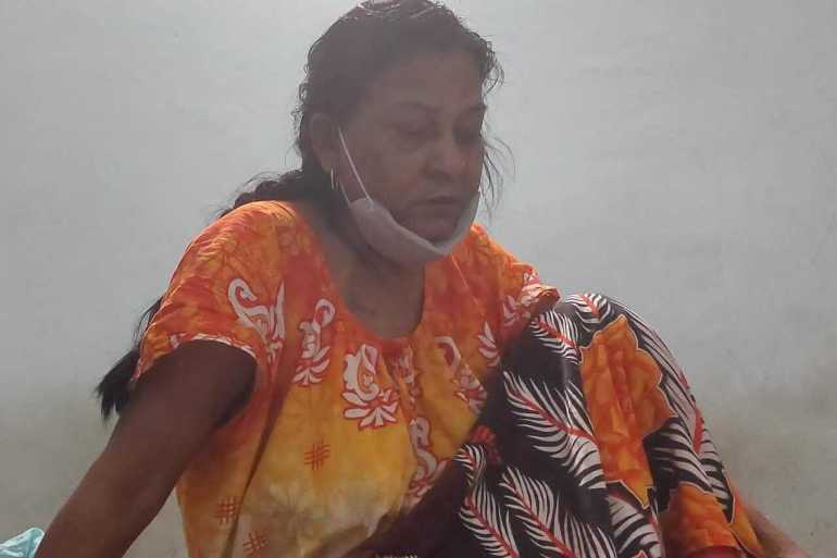 Lakshmi Yadav, 51, has tested positive for COVID and has missed dialysis appointments as the hospitals are overrun [Saurabh Sharma/Al Jazeera]