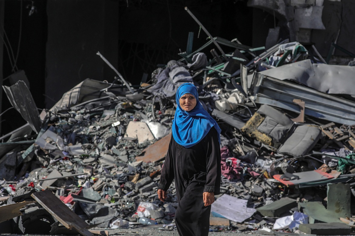 Israel continued to bombard the Gaza Strip on Friday with air attacks and artillery shells, ignoring international calls for calm. [Mohammed Saber/EPA]