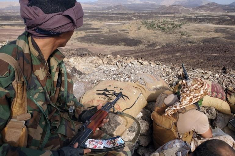 17 killed as Houthi missile hit Yemen