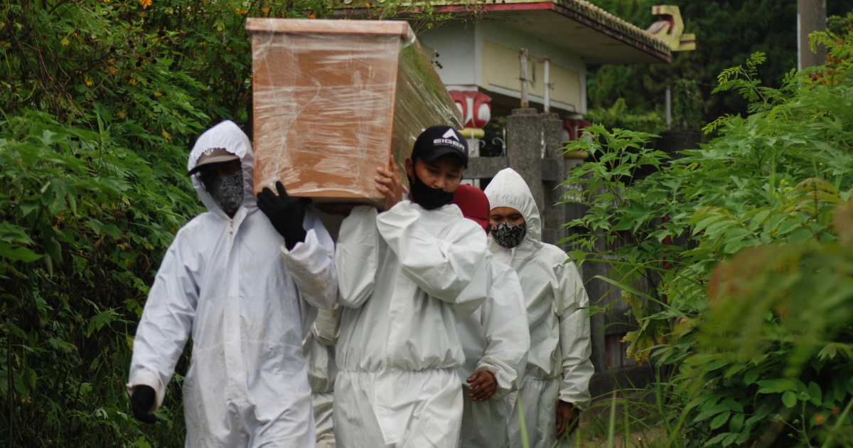 It will get very bad': Experts warn on Indonesia COVID surge | Coronavirus pandemic News | Al Jazeera