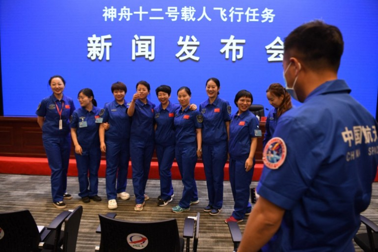 - 000 9CA3FZ - Three crew set for Thursday launch of China's Shenzhou-12 | Space News