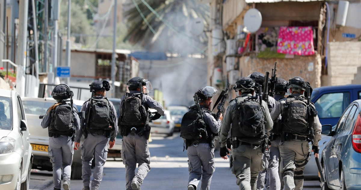 Palestinian children traumatised by Israeli home invasions