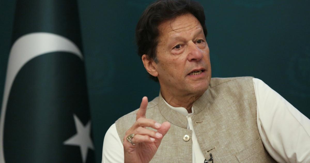 'Absolute nonsense': Khan rejects claim Pakistan helping Taliban thumbnail