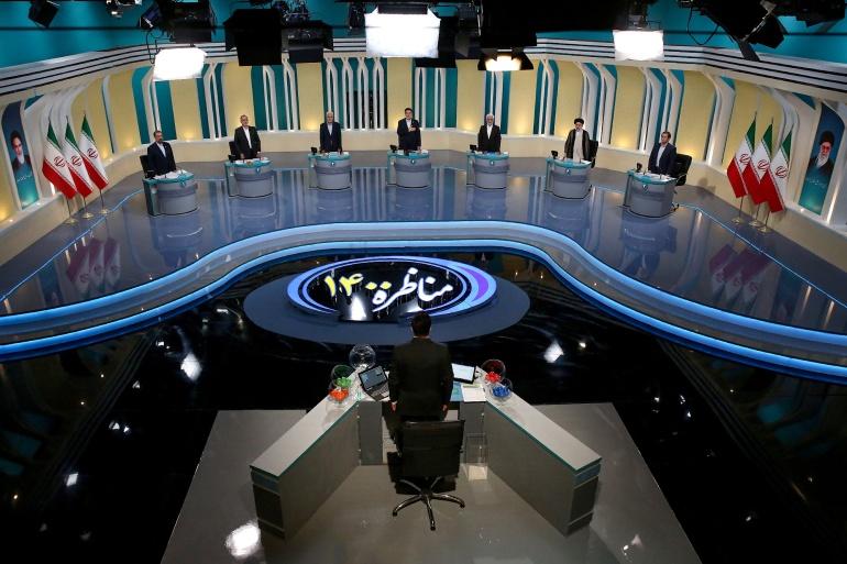 Pandangan umum debat pemilu di sebuah studio televisi, di Teheran Morteza Fakhri Nezhad/YJC/WANA via Reuters