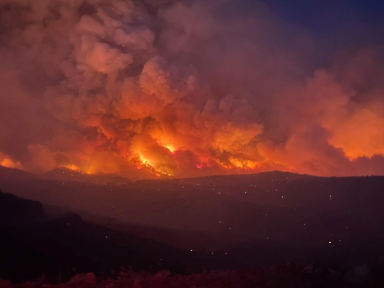 Megadrought 'taxing' US water reservoirs and fuelling wildfires   Climate News