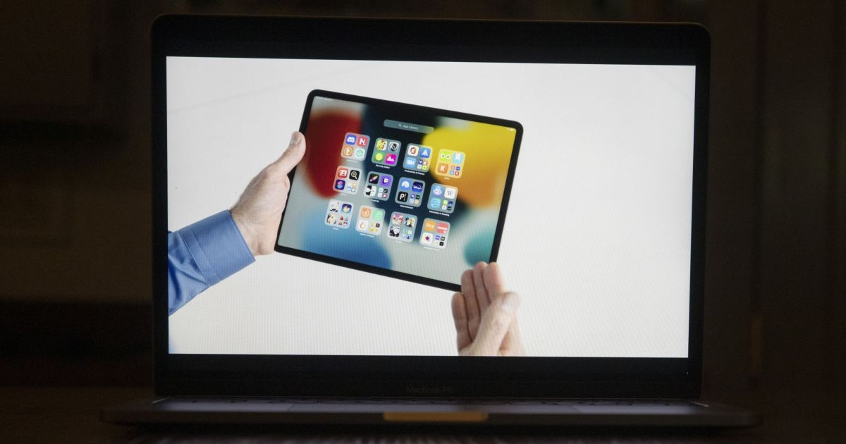 Apple to withhold a new privacy feature in China - Al Jazeera English thumbnail