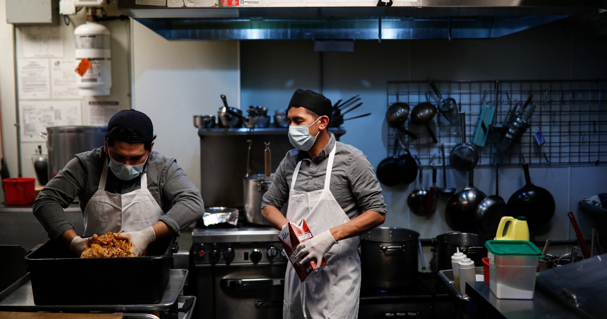 Benefits or bottleneck? US restaurants struggle to hire workers | Business and Economy News
