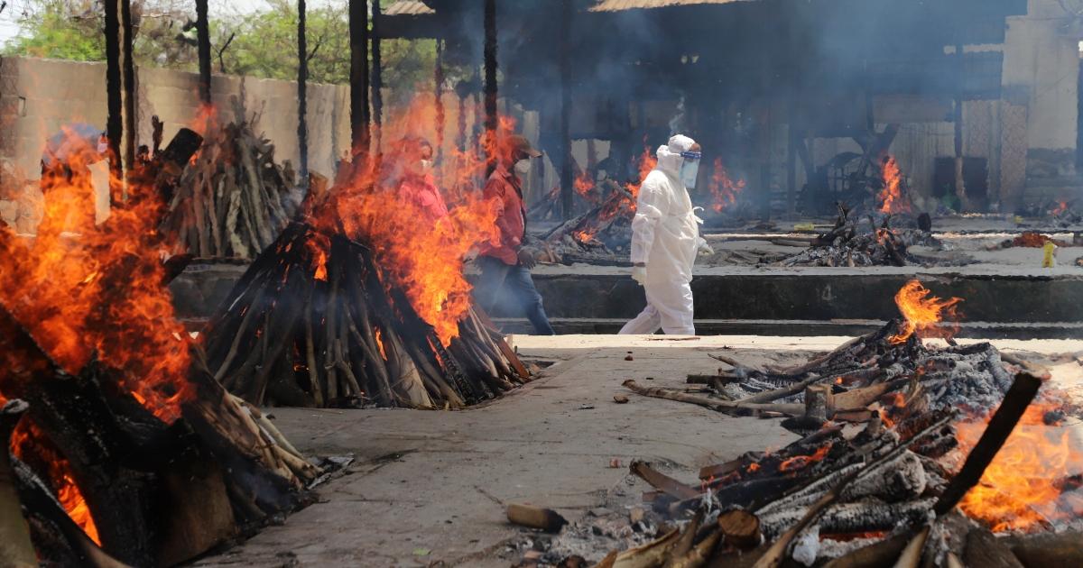 India COVID death toll crosses 400,000 – half died in second wave |  Coronavirus pandemic News | Al Jazeera