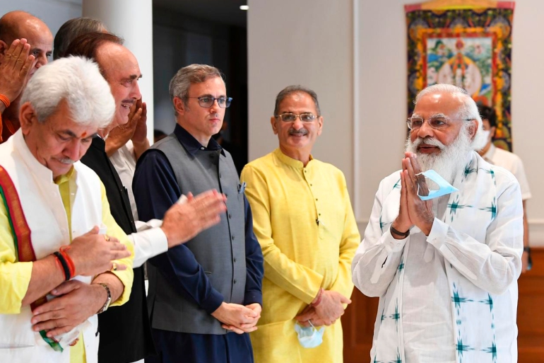 Modi meets Kashmir leaders for first time since autonomy revoked   Narendra  Modi News   Al Jazeera