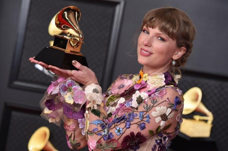 Kesepakatan potensial akan menghargai Universal Music Group, rumah bagi Taylor Swift foto, Drake dan Billie Eilish, sebesar 42,4 miliar File Jordan Strauss/Invision/AP