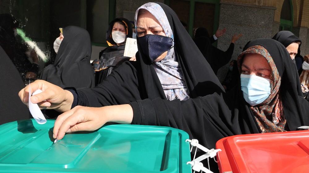Iranians vote to elect new president thumbnail