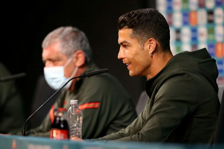 Penurunan harga saham CocaCola minggu ini dikaitkan oleh beberapa orang dengan penghinaan Cristiano Ronaldo, tetapi tanpa bukti bahwa kedua hal itu terhubung File Reuters