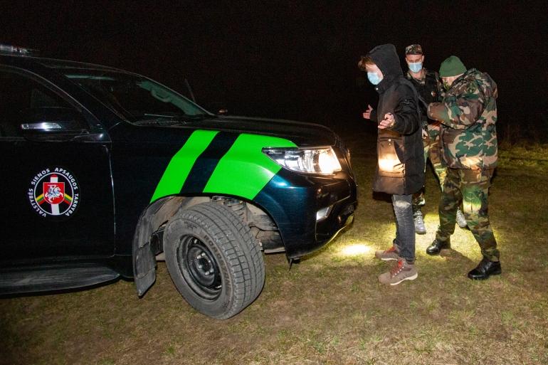 EU border guards sent to Lithuania amid Belarus migrant crisis | Migration News | Al Jazeera