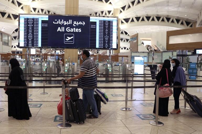 Saudi Arabia suspends UAE flights due to virus variant   Coronavirus  pandemic News   Al Jazeera