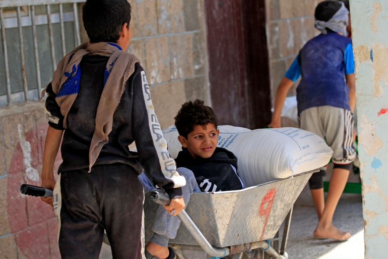 Yemen's humanitarian crisis growing as economy collapses: UN | United Nations News