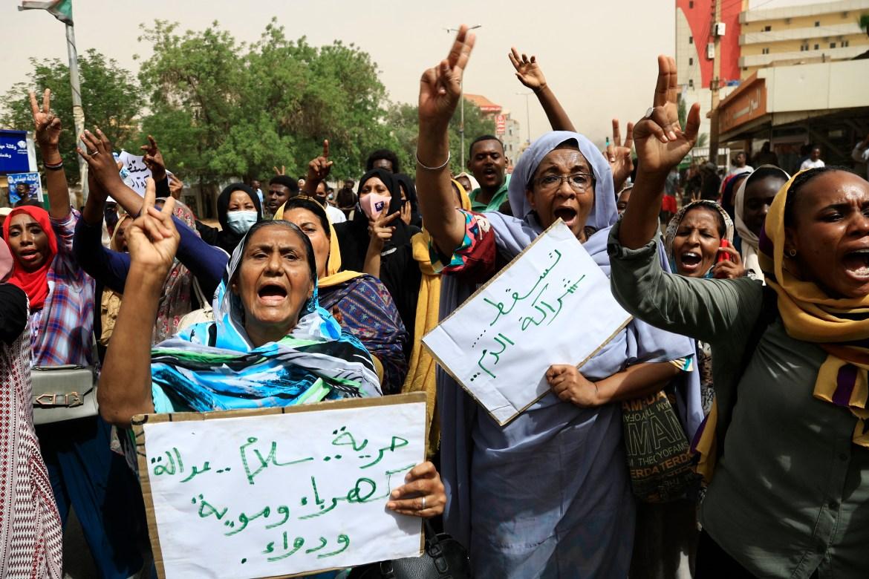 Sudanese protesters demand government's resignation   Sudan News   Al  Jazeera