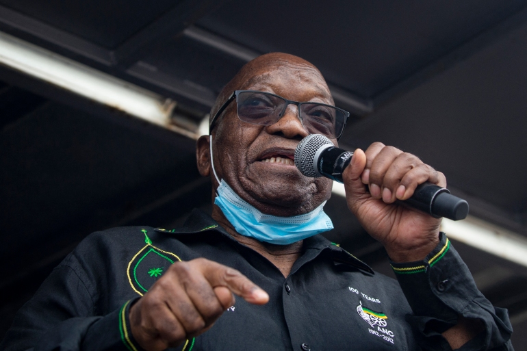 Former South African President Jacob Zuma addresses his supporters in front of his rural home in Nkandla [Emmanuel Croset/AFP]