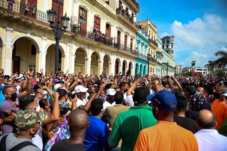 Thousands join rare anti-government protests in Cuba | Coronavirus pandemic  News | Al Jazeera