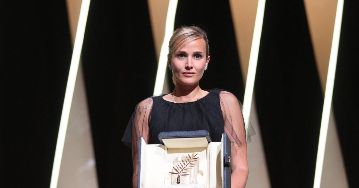 'Titane' gajnas la plej altan honoron de Cannes, la dua por ina reĝisorino