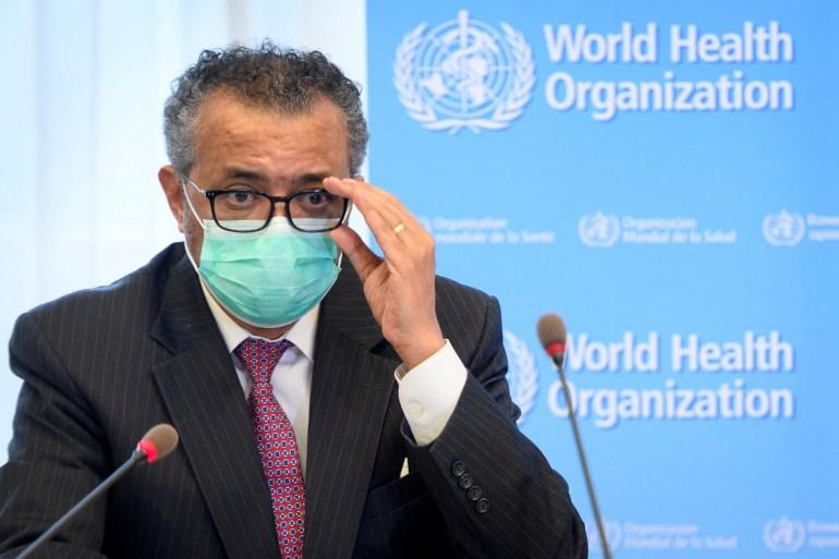 Tedros mengatakan mereka seharusnya mengarahkan dosis mereka ke COVAX, program pembagian vaksin terutama untuk negaranegara berpenghasilan menengah dan lebih miskin Laurent Gillieron/Pool/Reuters