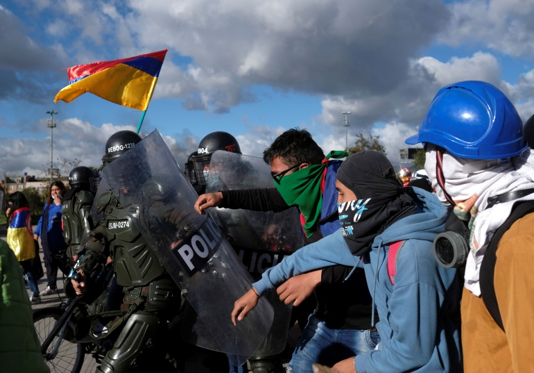 2021 07 21T033114Z 476684134 RC2GOO9YWPAO RTRMADP 3 COLOMBIA PROTESTS