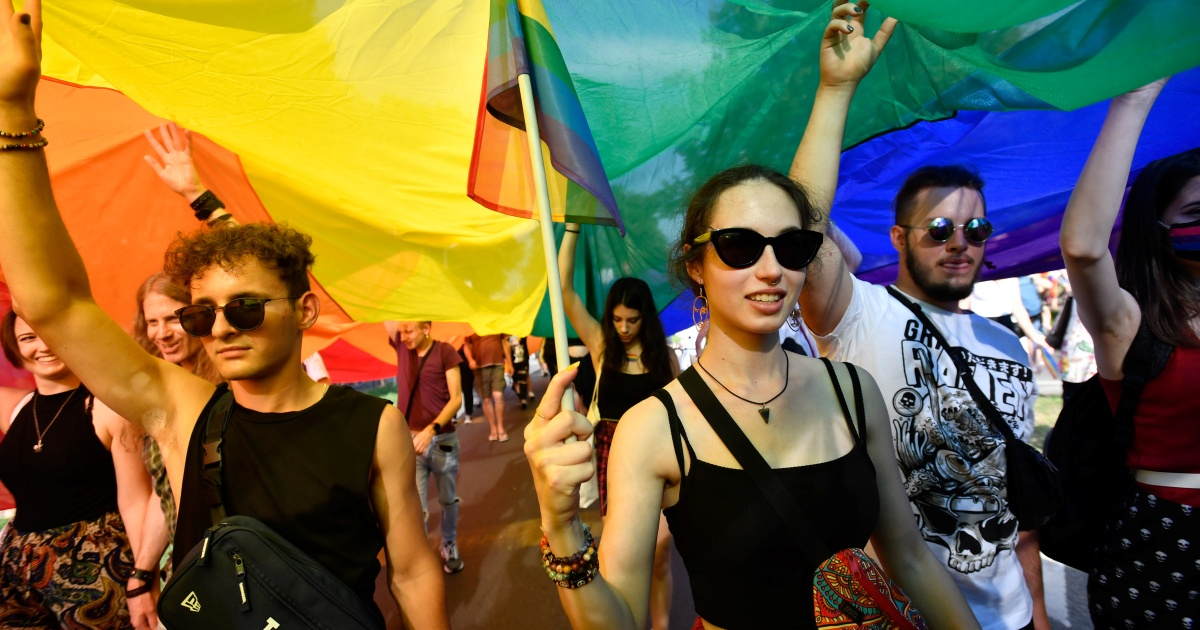 Thousands march for LGBTQ rights in Budapest's biggest Pride
