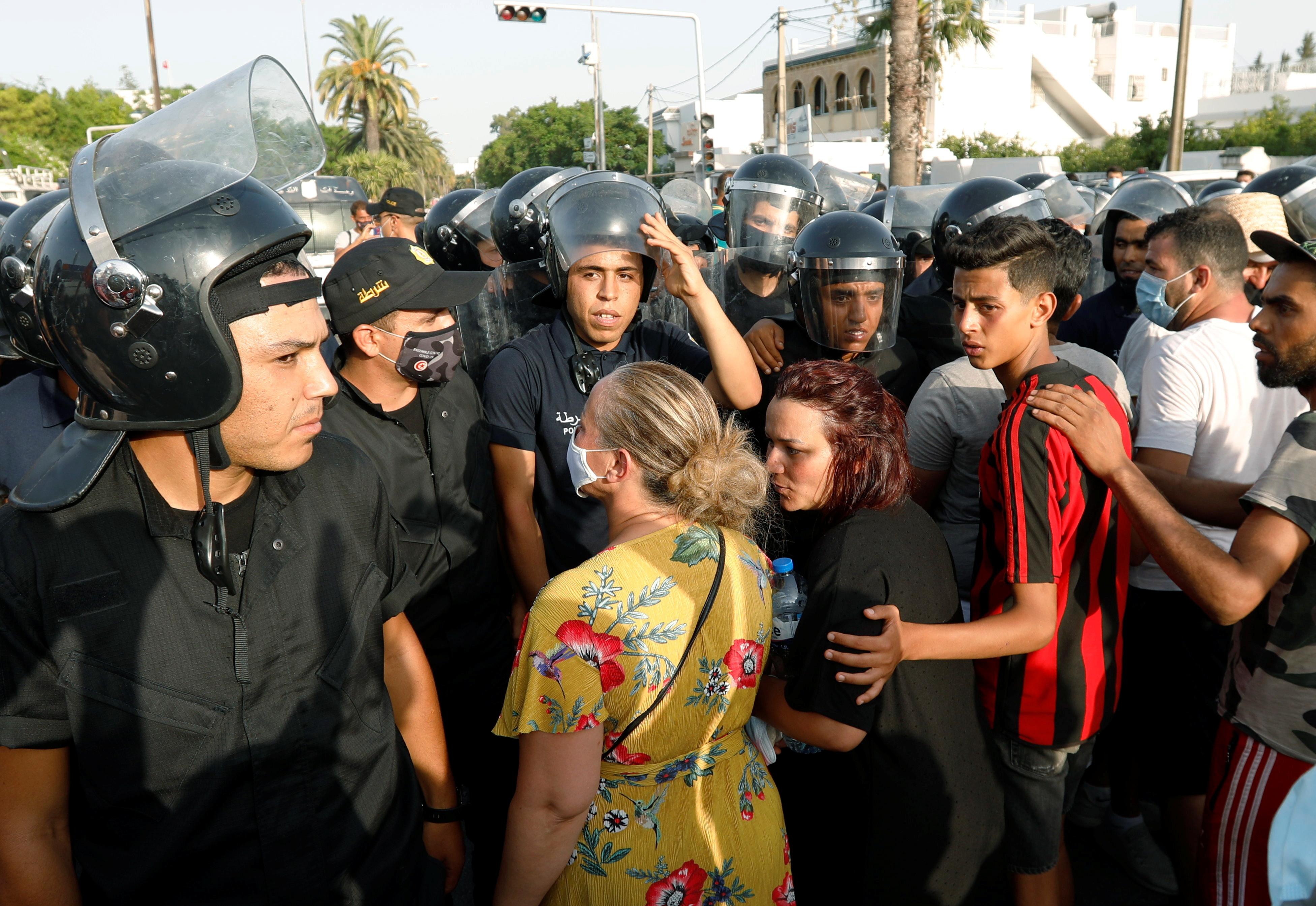2021 07 26T175812Z 254441900 RC2HSO9THREF RTRMADP 3 TUNISIA POLITICS 2