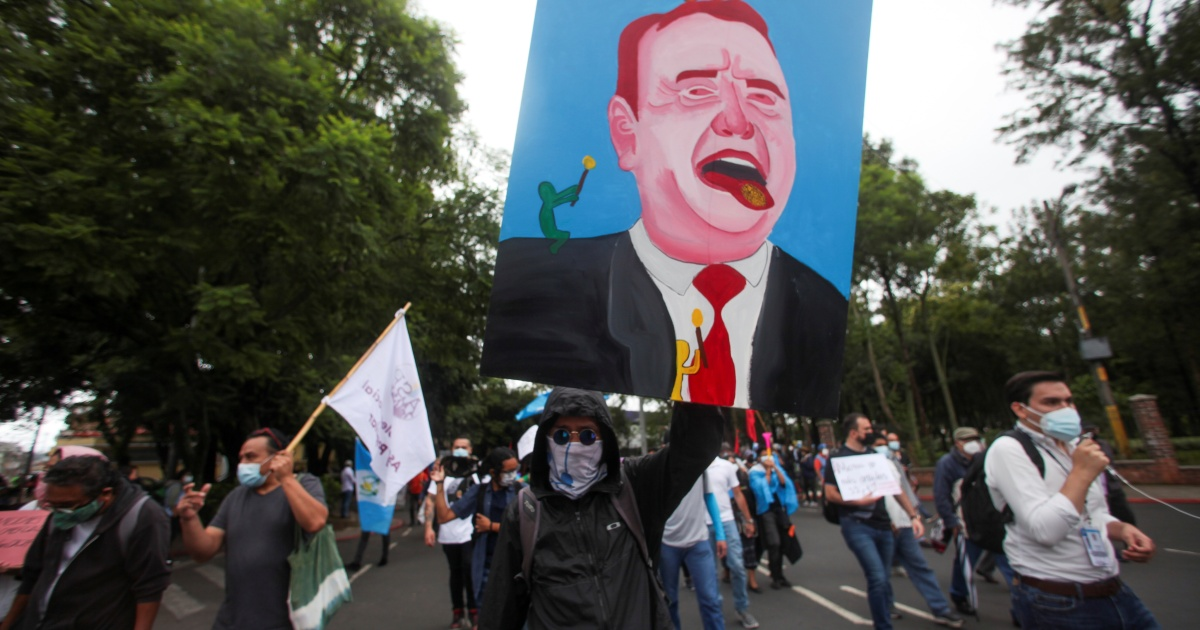 Photo of Guatemalan protesters demand the resignation of President Jamatai | Corruption News