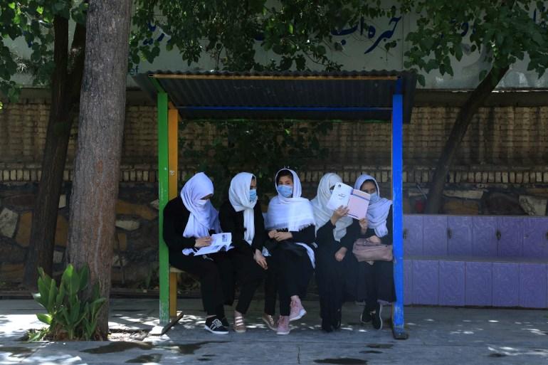 Afghan girls return to school in Herat after Taliban takeover | Asia News | Al Jazeera