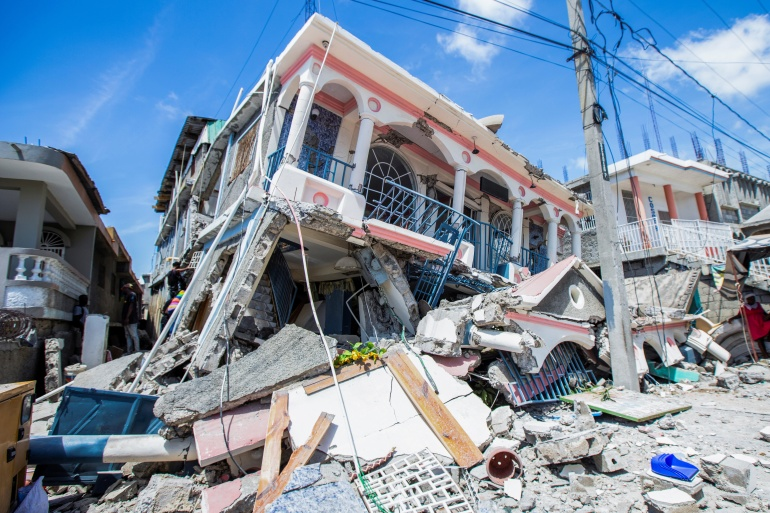 More than 300 dead after magnitude 7.2 earthquake strikes Haiti |  Earthquakes News | Al Jazeera
