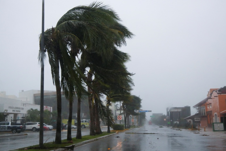 Hurricane Grace Severe Flooding Kills Eight People in Mexico