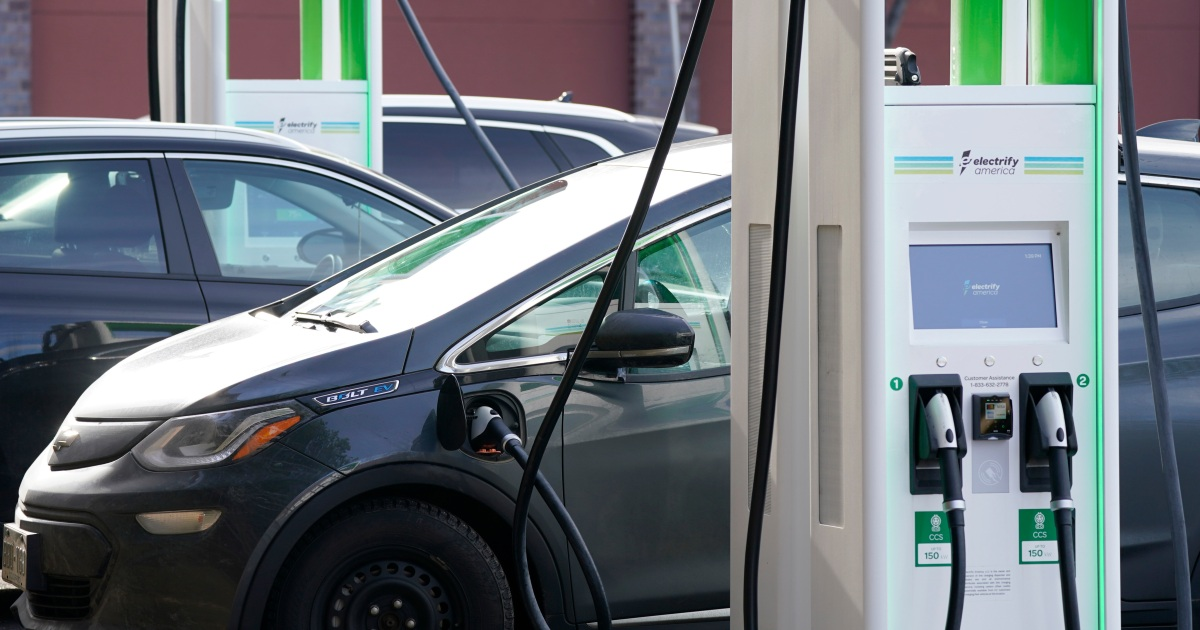 Biden wants half of US car sales to be zero-emission by 2030