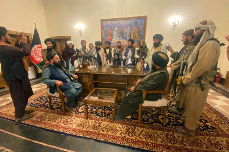 Taliban fighters take control of Afghan presidential palace after Afghan President Ashraf Ghani fled the country, in Kabul, Afghanistan on August 15, 2021 [AP/Zabi Karimi]