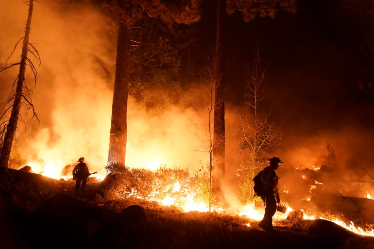 AP21243258672209 Residents scramble to evacuate as wildfire approaches Lake Tahoe | Climate News