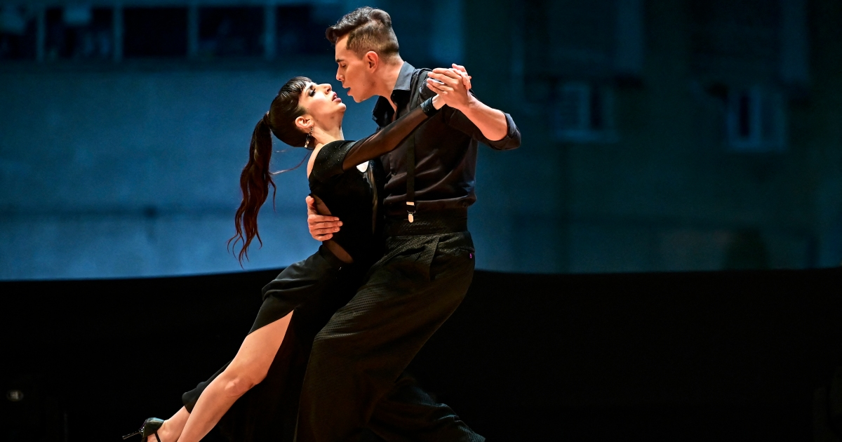Two Argentinian couples win 2021 Buenos Aires Tango World Cup