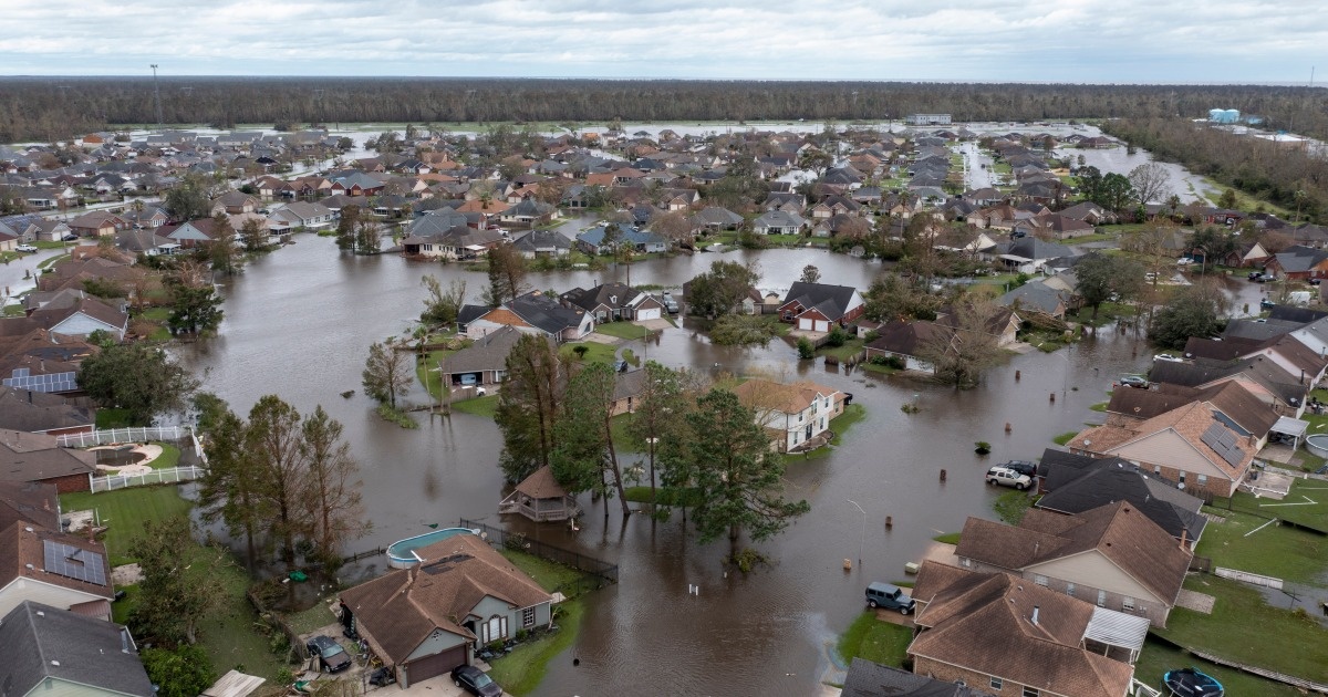 Extreme weather to cost US over $100bn this year thumbnail