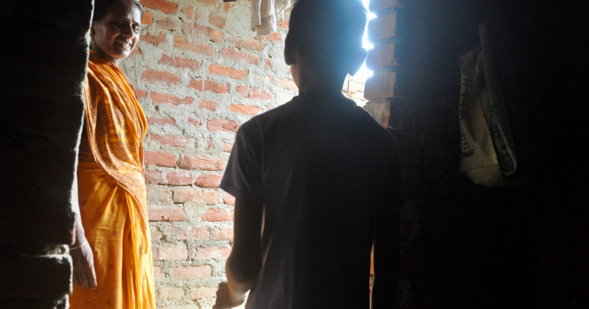 As extreme poverty returns, India sees surge in child slavery thumbnail