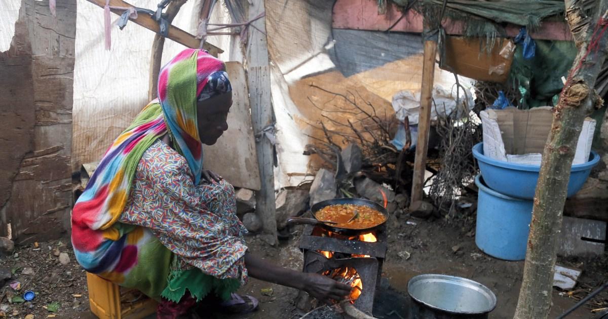 Watch Yemen's humanitarian disaster rising as economic system collapses: UN – Al Jazeera English News
