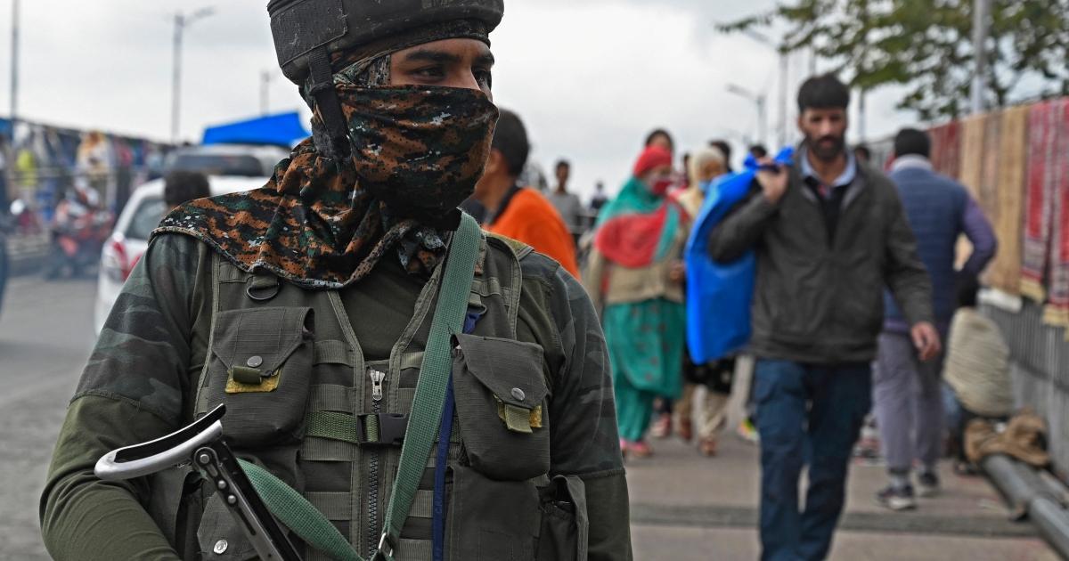 Indian troops kill five suspected rebels in Kashmir gun battles