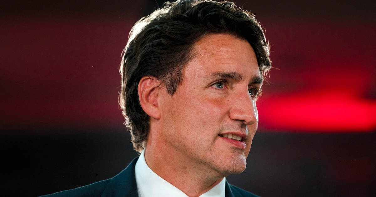 Canada's Trudeau to unveil new cabinet on October 26