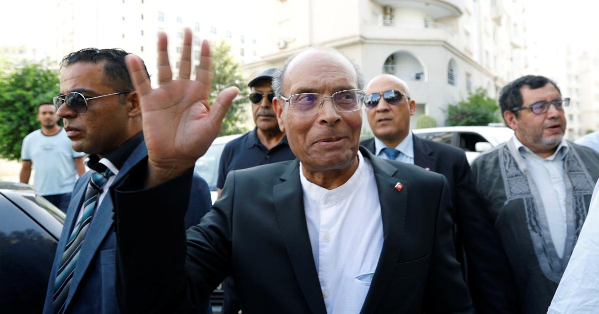 Tunisia's Saied withdraws diplomatic passport of predecessor thumbnail