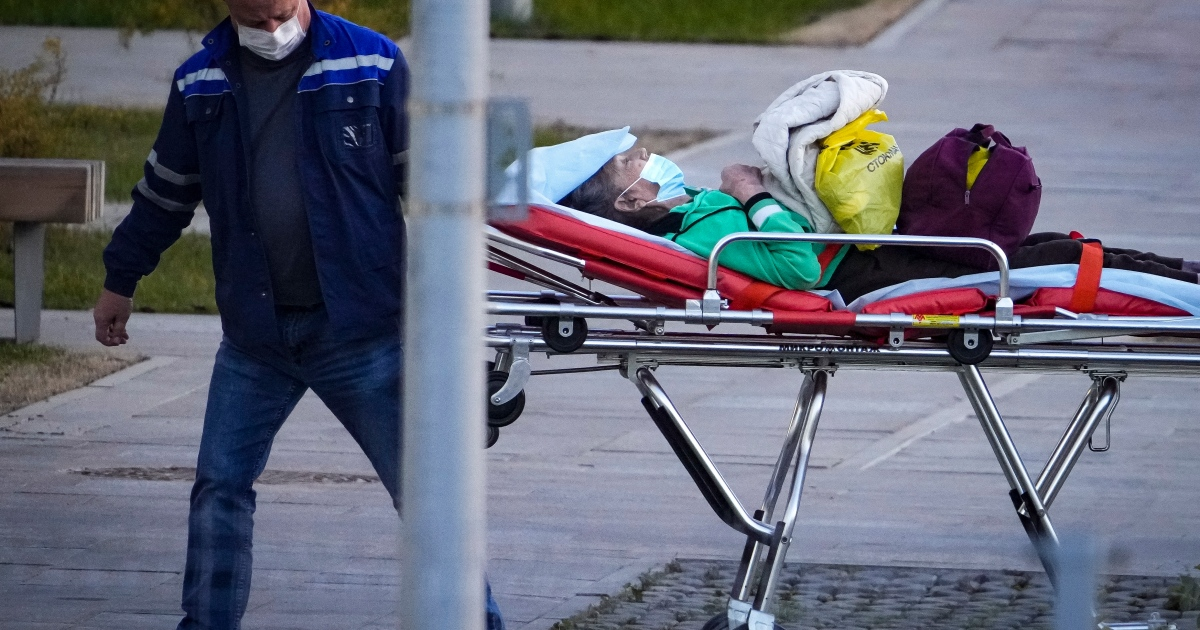Russia hits new record for daily COVID-19 deaths – 973